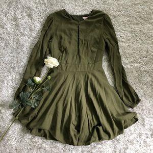 Green showpo dress